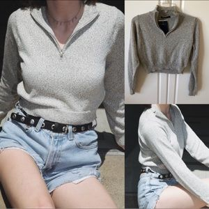 Brandy Melville novella sweater